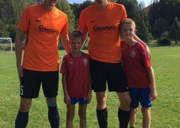 Foto č. 1- Vladislav Grygařík neuteče od fotbalu díky svým dětem