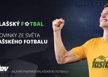 Foto č. 1- Už jen fotbal. Vlastimil Fabík mladší se jím baví v Mladcové